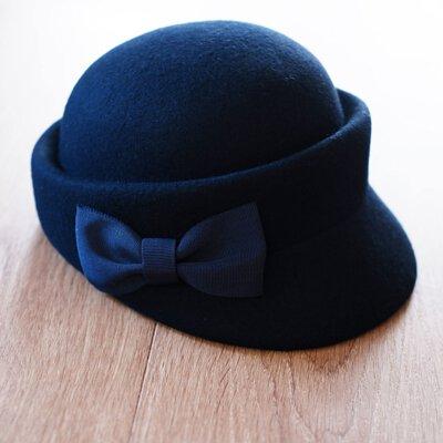 深藍色蝴蝶結裝飾綿羊毛呢帽