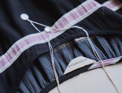 使用非常特別且配色邵建的日本工坊布料