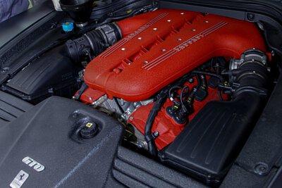 ferrari f140 tipo 12v engine