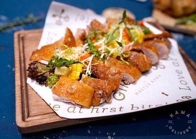 乳豬到會外賣推介|熱賣單點美食—西班牙烤乳豬配燒汁、焗薯|Kama Delivery Catering
