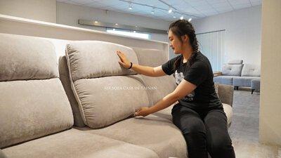 尼可沙發的椅背可以進行多段位調整