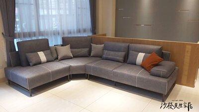 在空間裡放置一套灰色的沙發,能完美駕馭各種風格