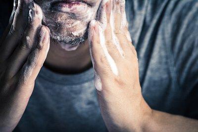 男性洗面乳