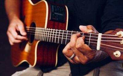 吉他鋼弦的選擇,電吉他弦,木吉他鋼弦組,吉他弦更換,吉他弦蝦皮,古典吉他弦比較,吉他弦順序,吉他弦斷掉,防鏽吉他弦,martin吉他弦,吉他弦音,吉他弦便宜,taylor吉他弦,吉他介紹,吉他價錢大概多少,吉他課程,吉他品牌排行,吉他英文,吉他弦,