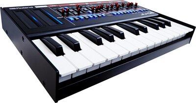 Cherry Audio,Roland Juno-106合成器,音樂工作站,數位合成器鍵盤,MPE支援,16音和弦,Reverb,LFO進行調製