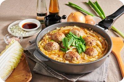 易廚料理鍋具,防刮耐用,SGS認證不沾鍋推薦品牌。