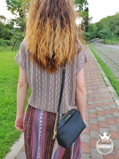 台灣製春夏針織上衣簍空設計