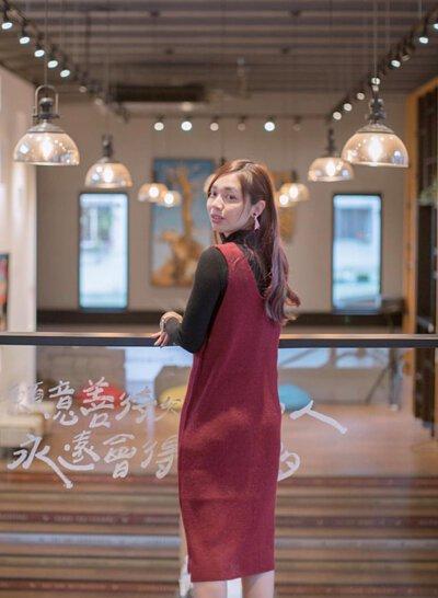 V領無痕設計台灣製針織洋裝