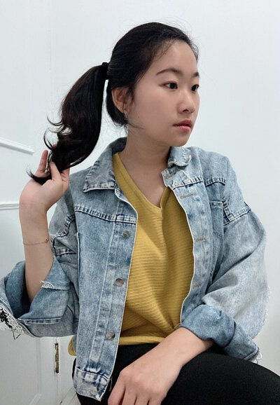 微肉型女生穿搭V領針織衫