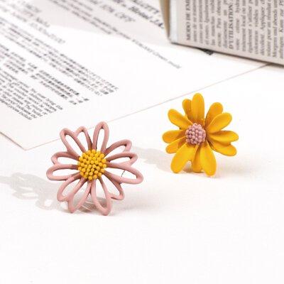 馬卡龍雙色雛菊耳環