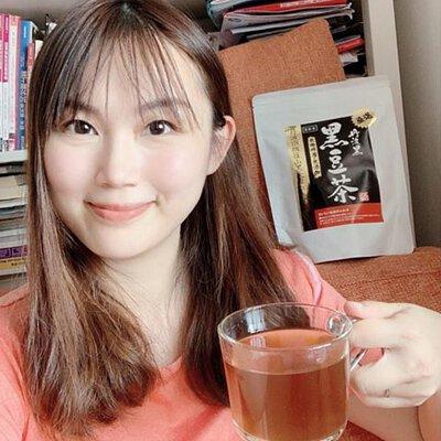 「好驚上唔到奶,BB唔夠飲!」 除咗可以飲用上奶湯水幫手之外, 仲可以飲黑豆茶幫手上奶😁個時細佬岩岩出世個陣, 我除左有飲炒米茶之外, 就係飲黑豆茶~