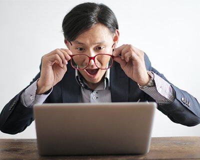 視力模糊、乾澀、充血等眼睛疲勞的症狀,都是由於水晶體氧化引起的。黑豆含有的水溶性花青素,經微血管輸送氧氣,促進眼部血液循環,為眼睛提供足夠營養,舒緩眼睛疲勞,減慢視網膜細胞老化,維持視力健康。