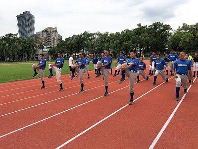 向上國中棒球隊訓練