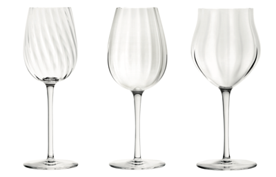 The glasses come in three variations: for Champagne, for young wine and for mature wine
