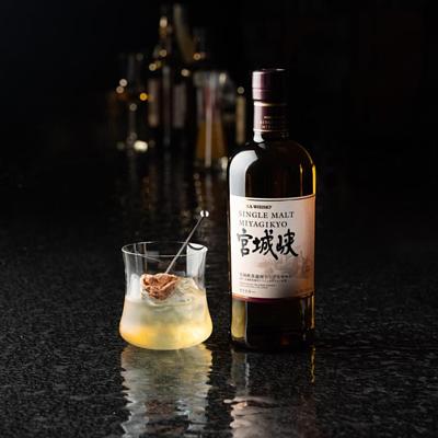 nikka whisky x Lobmeyr at ritz carlton dinner