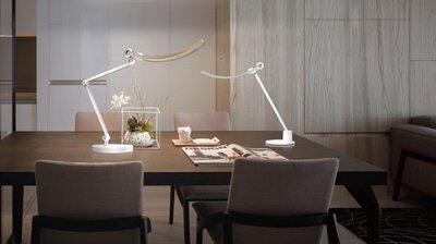 我想找一盞在餐桌寫作的檯燈