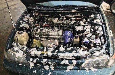 Corolla引擎室清潔