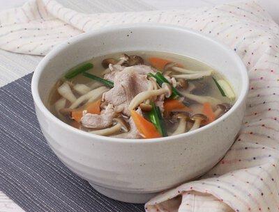 秋茸肉片湯