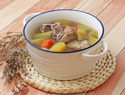 天山雪蓮果煲湯