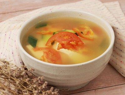 家常蕃茄豆腐湯