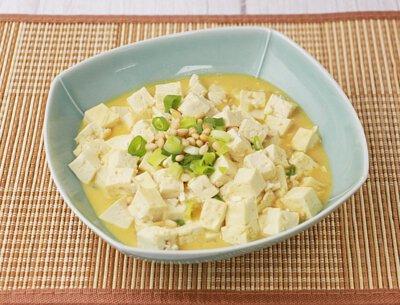 松子鹹蛋燒豆腐