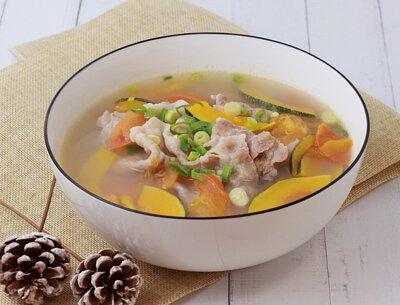 蕃茄金瓜肉片湯