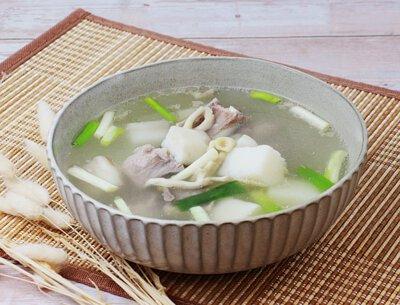 山藥野菇排骨湯