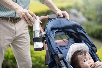 一級淨抗菌液製造機放在嬰兒車上