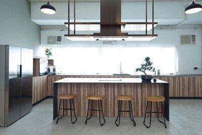 "<img src=""Chai-Wan-Industrial-City-kitchen-design-from-royal"" alt=""Chai-Wan-Industrial-City-kitchen-design-from-royal"">"