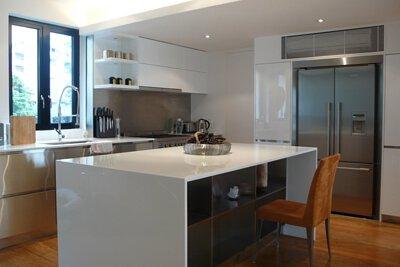 "<img src=""Seaview-Mansion-kitchen-design-from-royal-kitchen"" alt=Seaview-Mansion-kitchen-design-from-royal-kitchen"">"