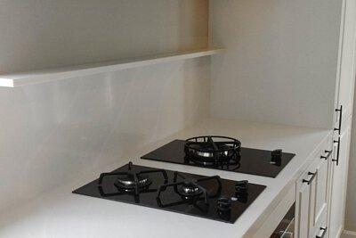 "<img src=""Pak-Fai-Mansion-kitchen-design-from-royal-kitchen"" alt=""Pak-Fai-Mansion-kitchen-design-from-royal-kitchen"">"