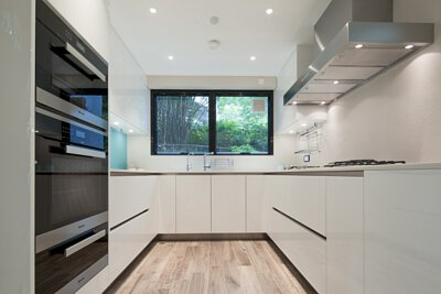 "<img src=""may-tower-kitchen-design-from-royal-kitchen-design"" alt=""sky-garden-kitchen-design-from-royal-kitchen-design"">"